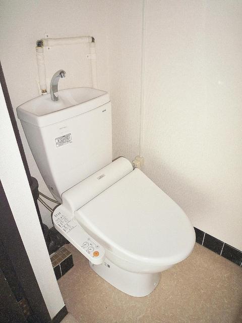 暖房シャワートイレ。