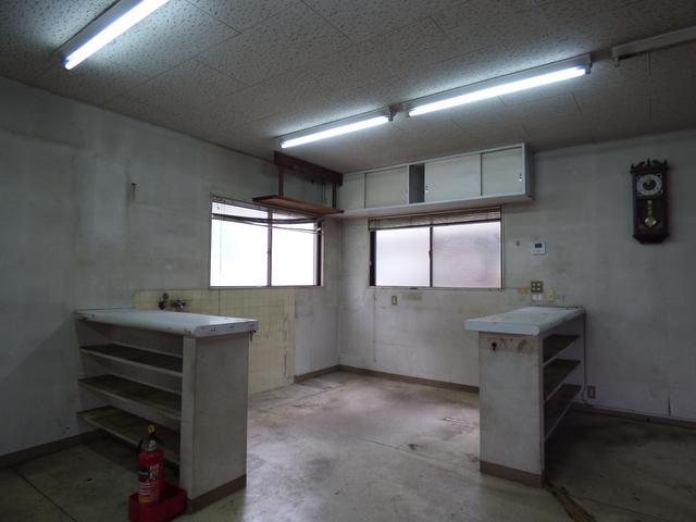 前面道路は 富士宮のメインストリートです!
