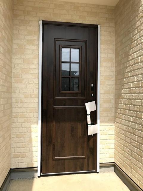 玄関ドアは、スマートキーです。
