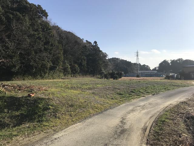 菊川市下平川の売土地,売り地の1536m2(464.64坪)と広々敷地です。資材置場に最適です。